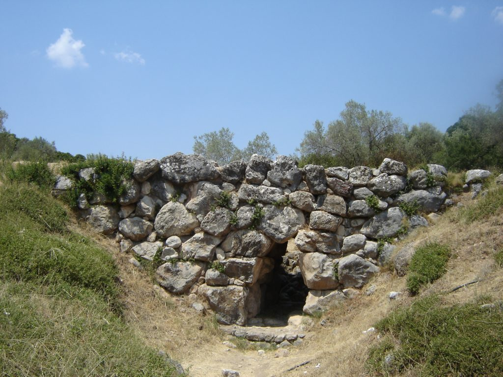Mycenaean between Naufplio and Ligourio