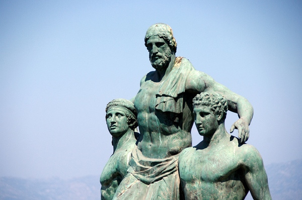 Modern bronze statue of Diagoras of Rhodes carried by his sons