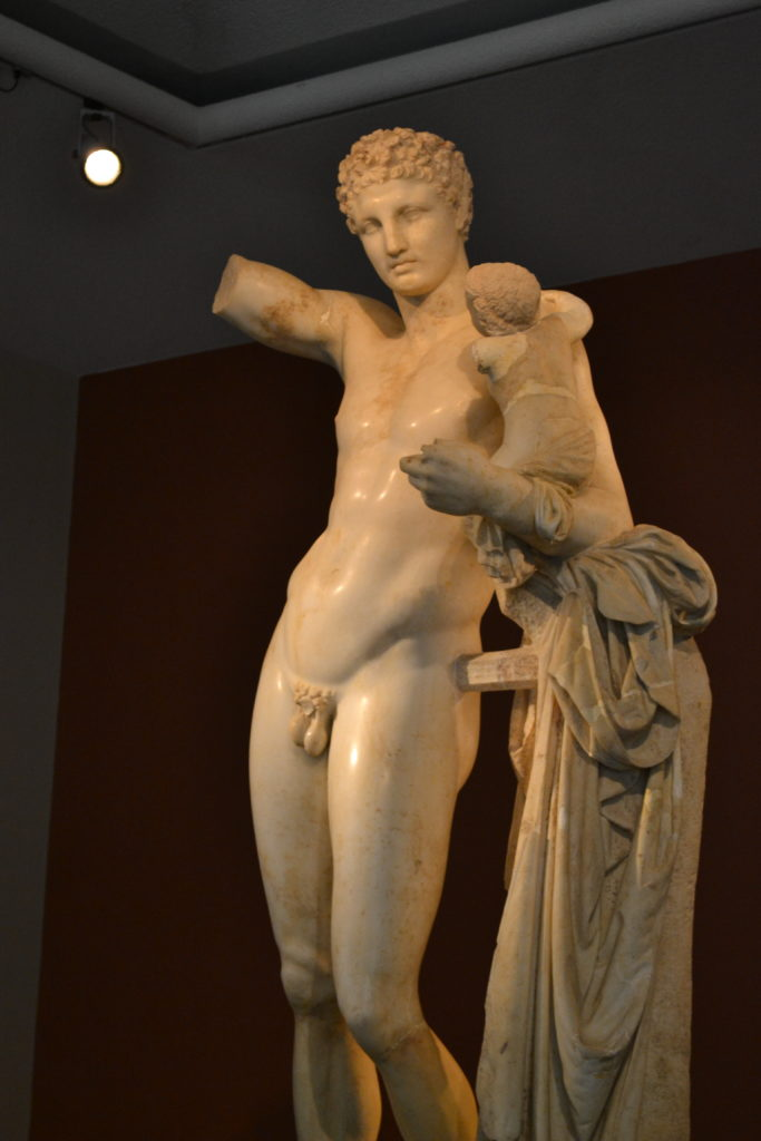 Praxiteles' Hermes and Dionysos